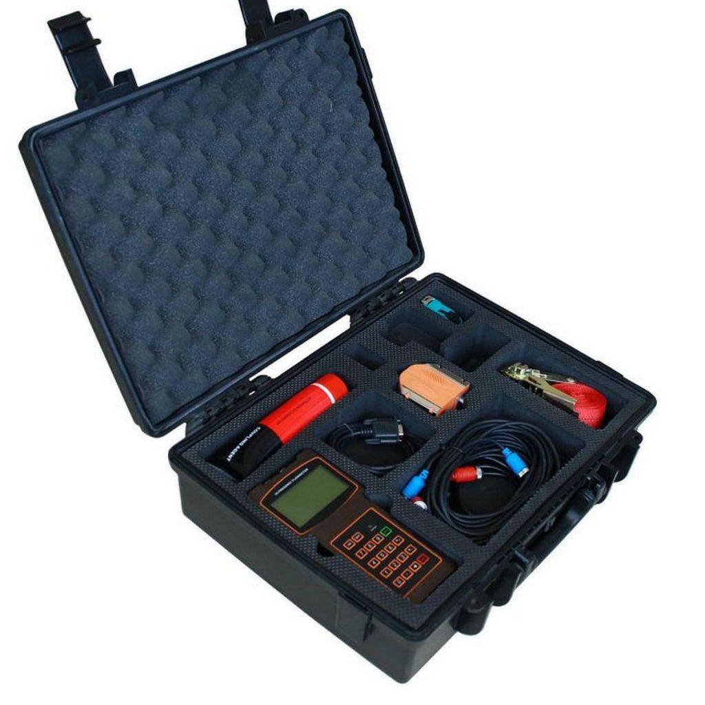 ultrazvučni merač u koferu